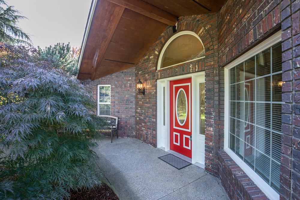 009_817 Buchanan St Oregon City_MG_8241-HDR.jpg