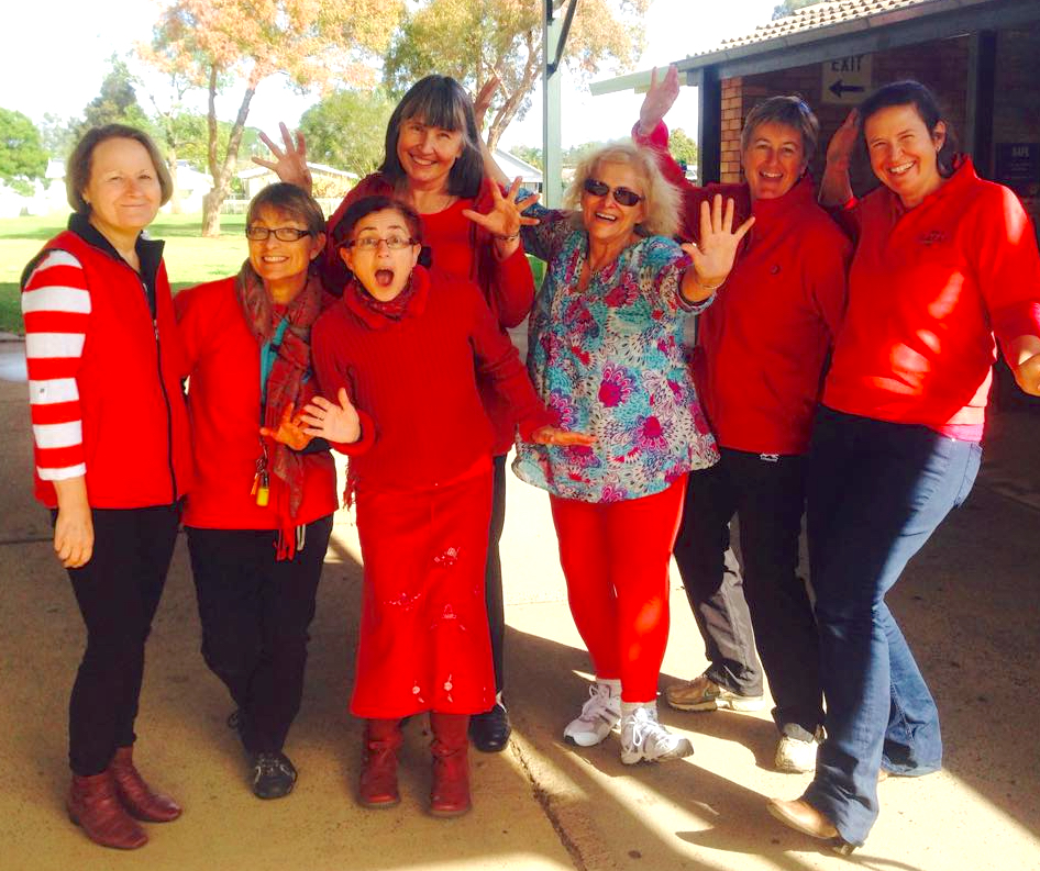 Susanne Gervay and Deborah Abela in Gilgandra for the GREAT Festival...Gilgandra REaDs Everywhere Around Town.