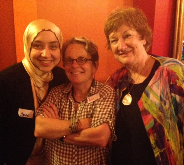 A librarian I admire is Ozge Alkan, formerly of Ilim College, where I met her and now working in the Public Library system in Victoria. Librarian Ozge Alkan and author Hazel Edwards with Ann James between of Books Illustrated. Symbolising the way we all help each other.