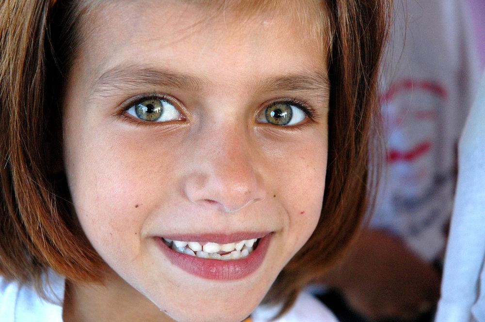 1280px-Palestinian_girl_in_Qalqiliya.jpg