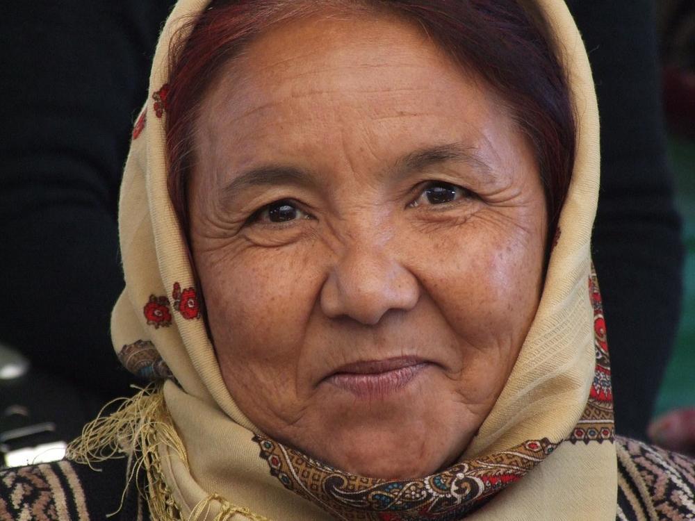 Turkmen_woman.jpg