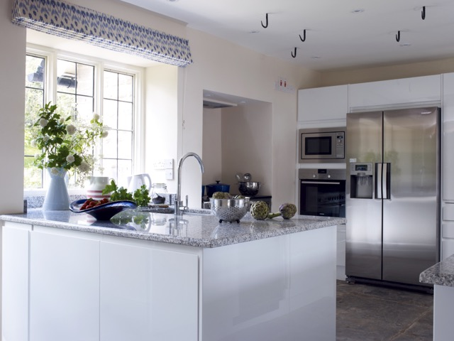 Kitchen 21538.jpg
