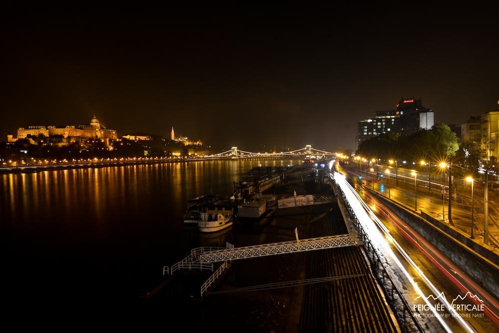 Night view from Lanchid Bridge