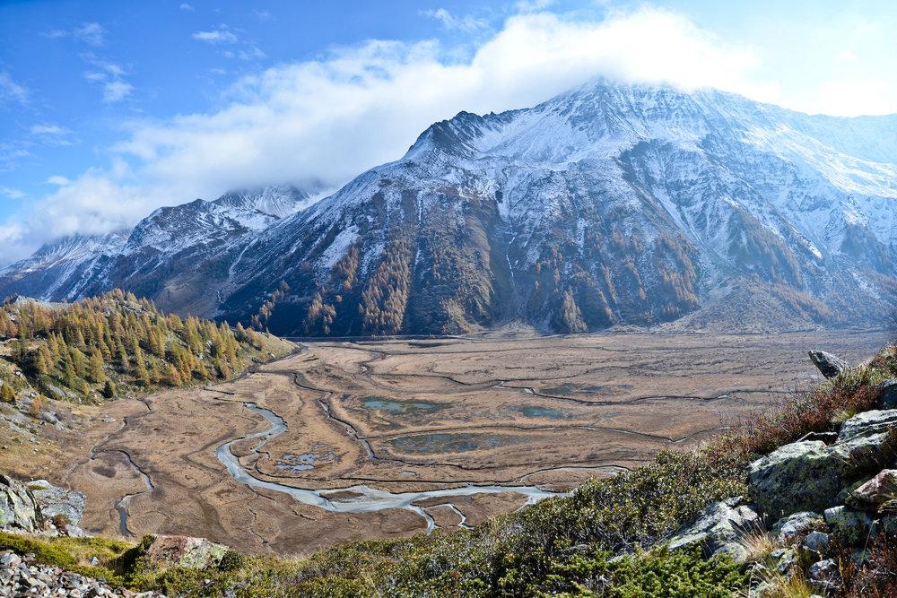 Lago Combal - Tour du Mont Blanc