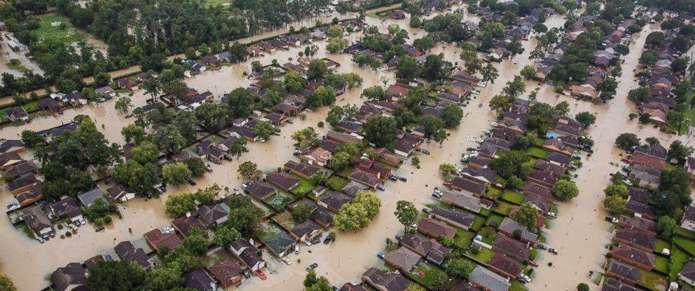 hurricane-harvey-pol-ml-170830_12x5_992.jpg