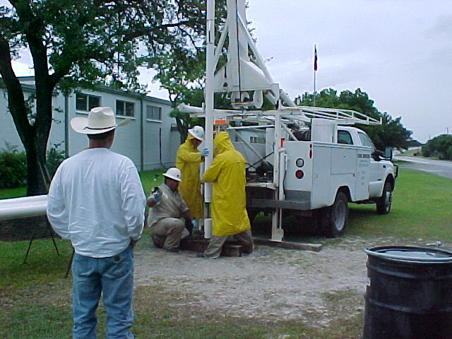 installing well.JPG