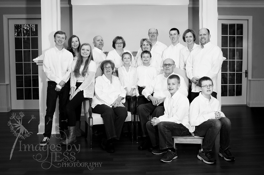Lynn's Family_3722.jpg