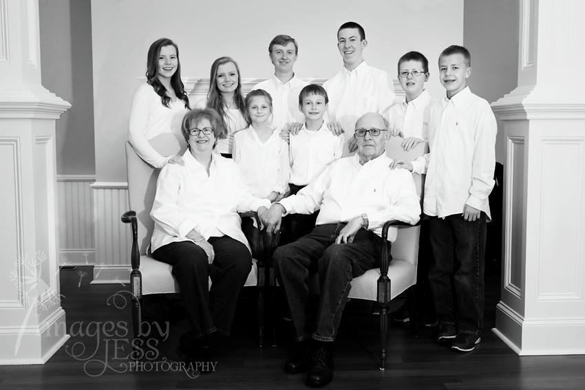 Lynn's Family_3755.jpg