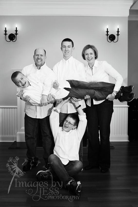 Lynn's Family_3835.jpg