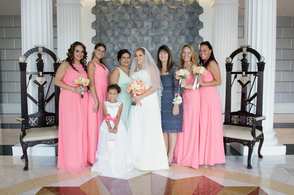 All the beautiful bridesmaids, parents and loved ones!!!