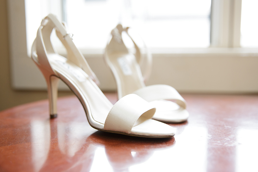The Bride had two pears of shoes that I photographed. It's always tough to choose photos for a post. I landed on this one, but the other pair was just as pretty.