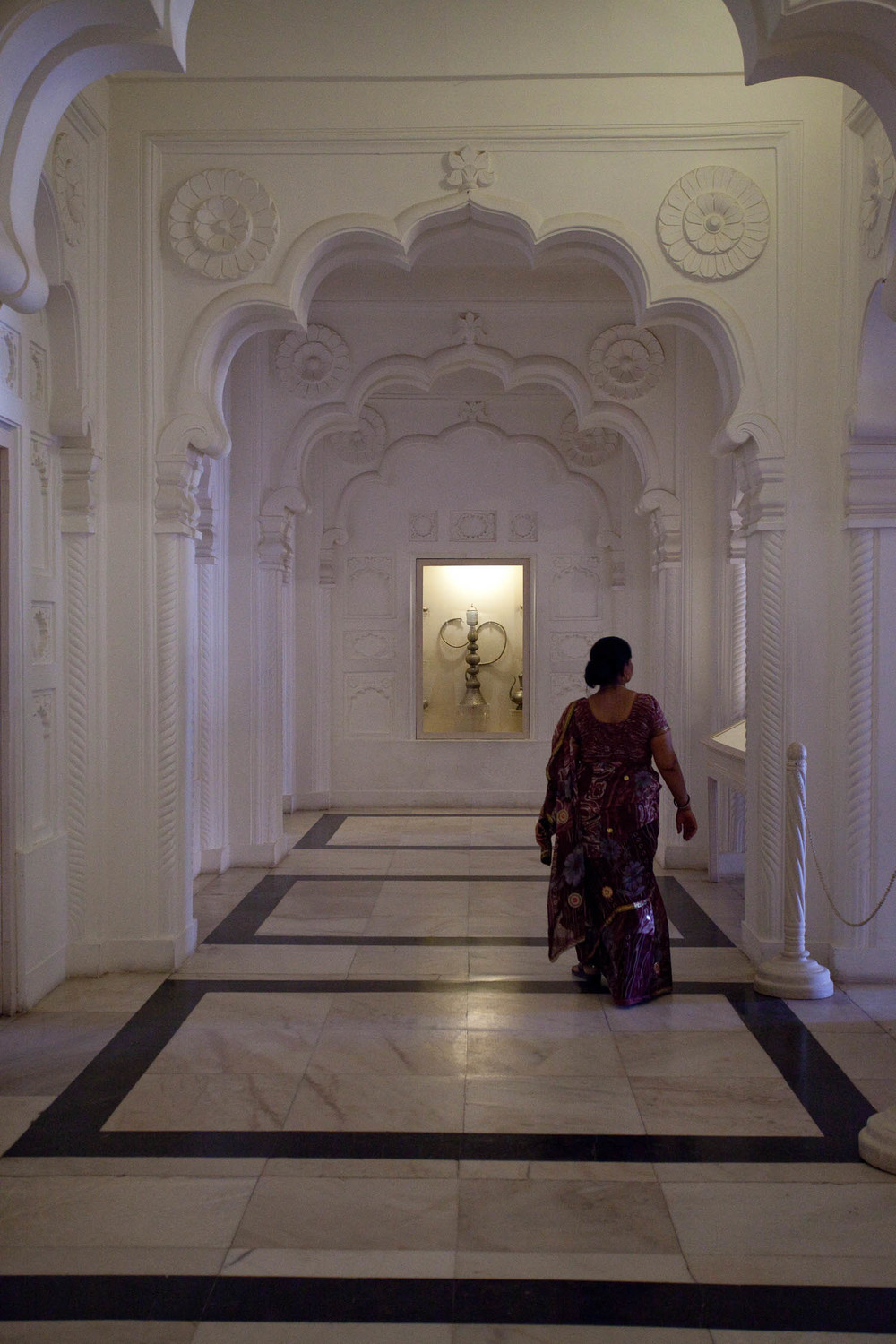 Indian-lady-hallway-white-jodpur-fort-rajasthan-india-asia-travel