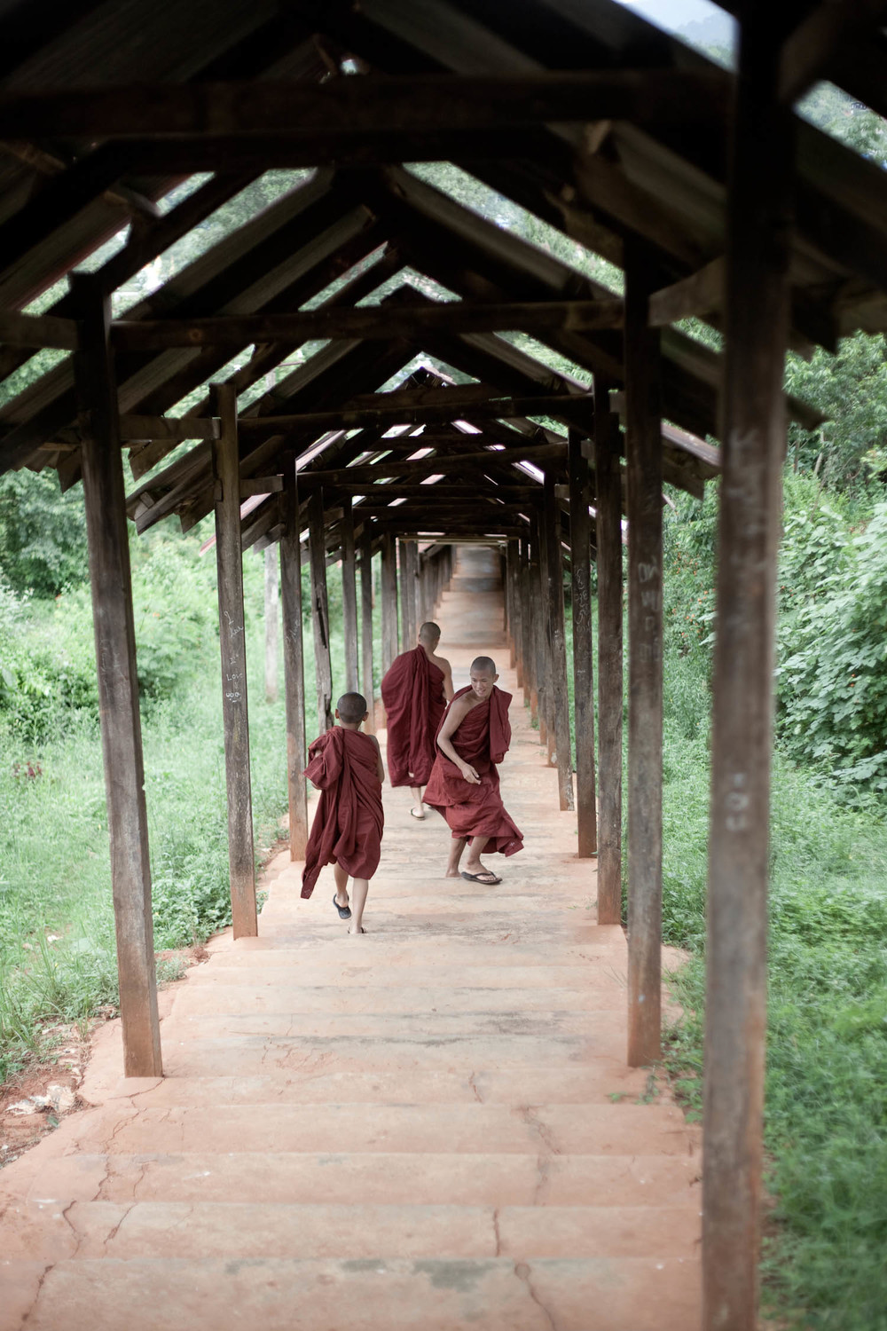 young-buddhist-monk-apprentices-monestary-steps-kalaw-myanmar-burma-asia-travel