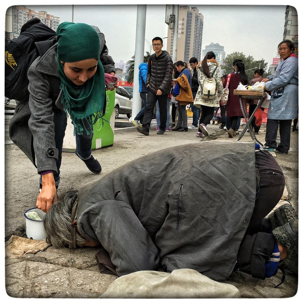 Street beggar, Wuhan