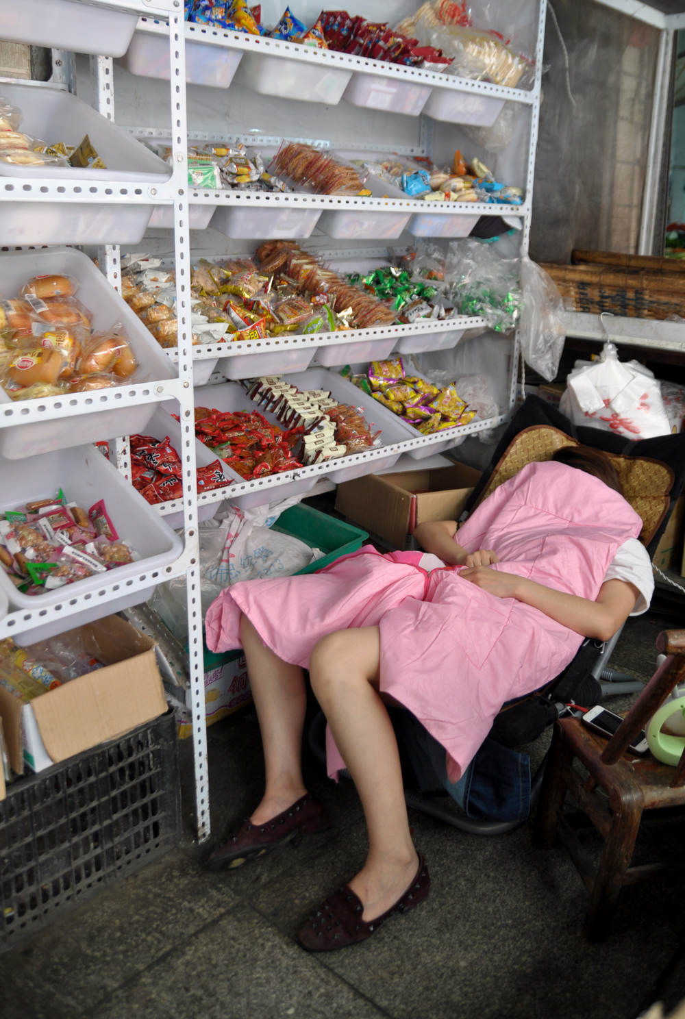 VENDOR SLEEPING2.jpg