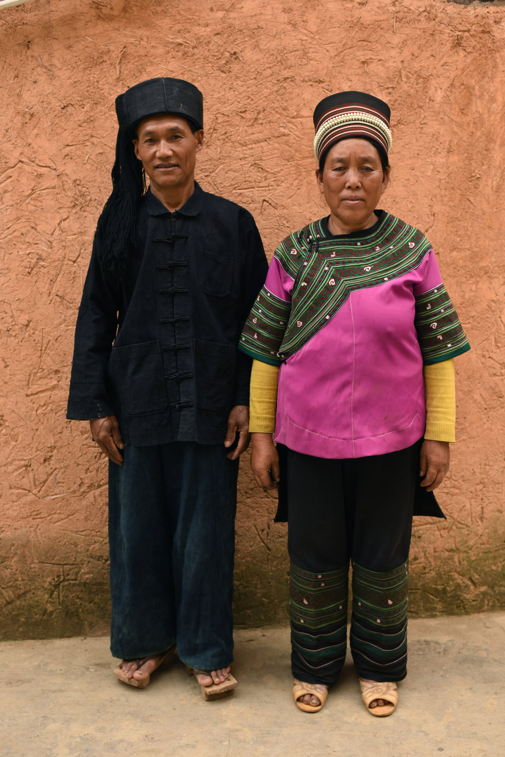 Inheritor Che Kasan and his wife.   Qielong village, Yunnan, 2017.