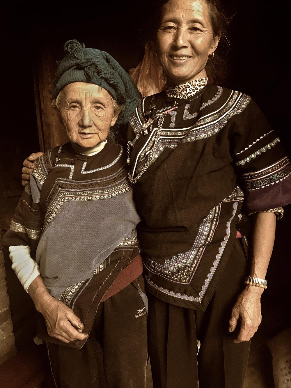 Li Apang and her mother. Dieshi village, Yunnan, 2017