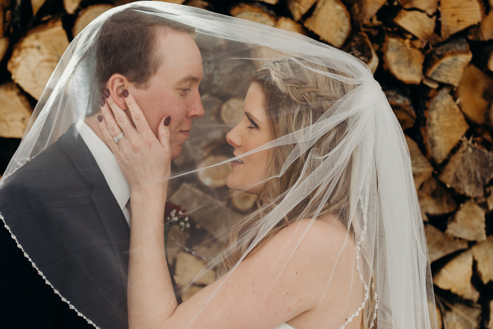 8263 - Lyndsay and Trevor Wedding.jpg