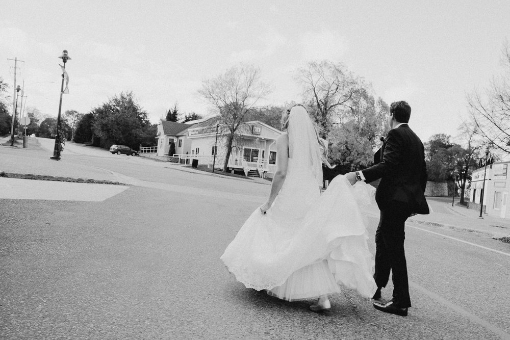 8640 - Lyndsay and Trevor Wedding.jpg