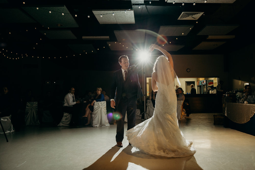 9605 - Lyndsay and Trevor Wedding.jpg