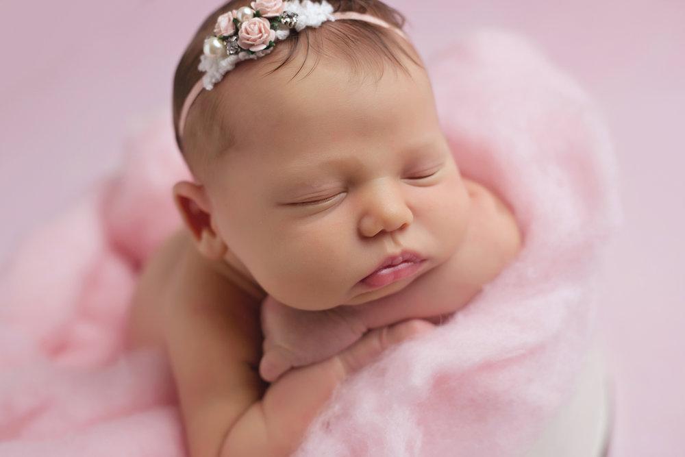newborn-baby-girl-sudbury-ontario-photographers.jpg