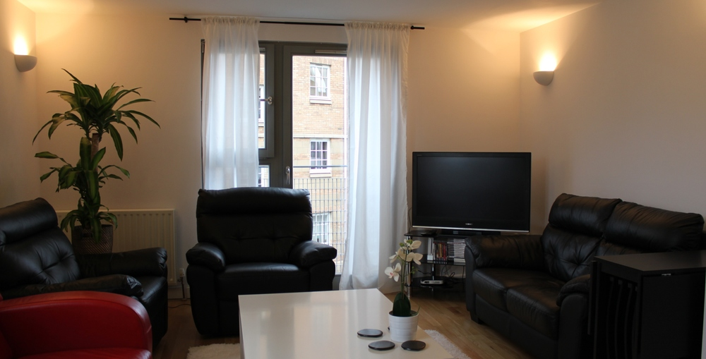 edinburgh-short0term-lets-sheriff-brae-apartment (14).JPG