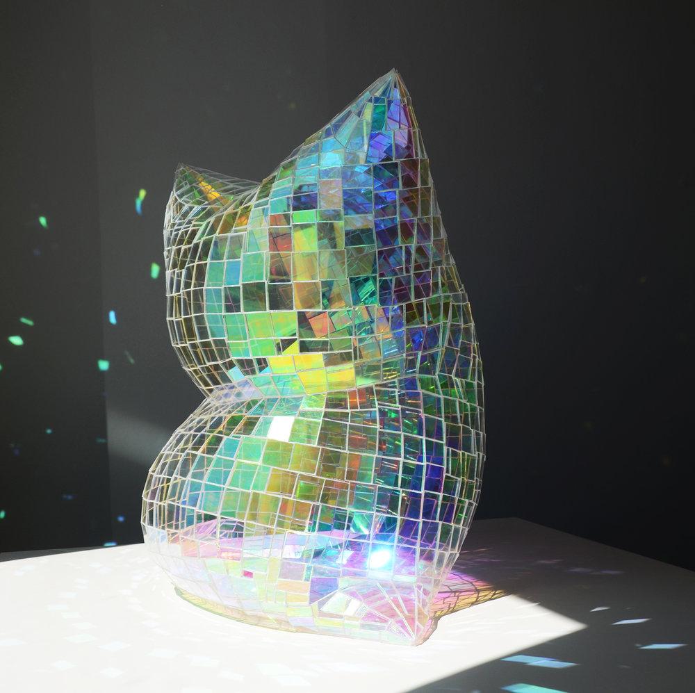 Design Glass Pillow Colin Roberts