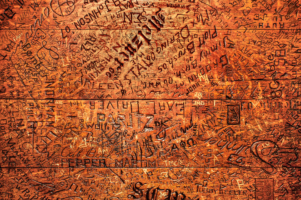 Table Graffiti