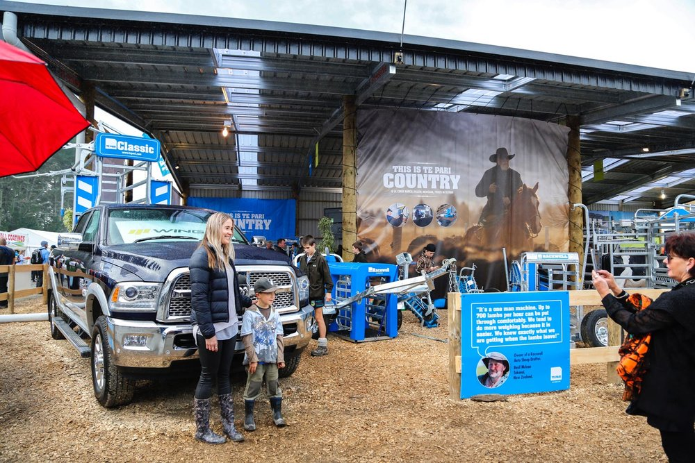 Agriculture-Photographer-Stock-Photos-in-Use-at-Farm-Trade-Show-06.jpg