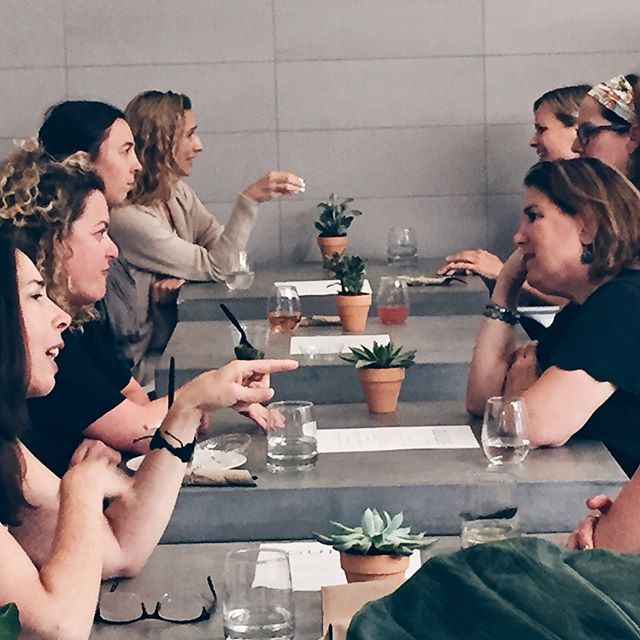 Thank you to the wonderful women who joined us last night for The Guilde Social. We loved hearing your stories and gleaning your wisdom. True sisterhood in action! And thanks, as always, to @theriveterco for such gracious hosting.