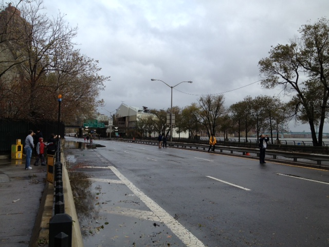 No cars on the FDR and people just walking around
