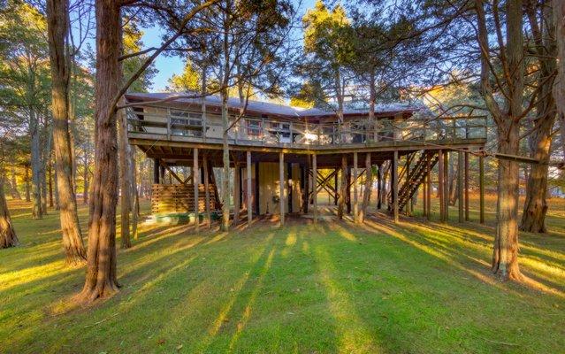 Peter Podlas Architect Tree House Remsenburg.JPG