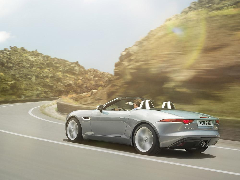 Jaguar-Type-F-Back-Moving.jpg