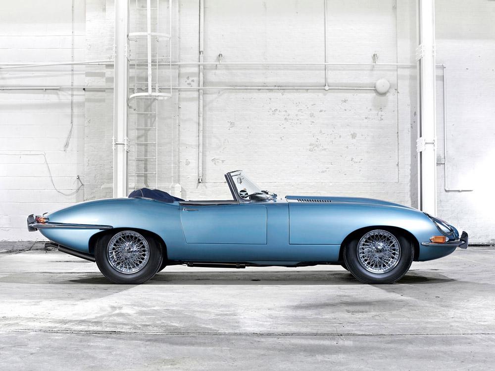 Jaguar-Type-F-Original.jpg