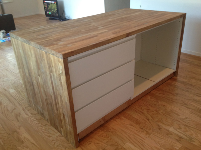 This is what the other side looks like. the MALM drawer gives it a very refined look we think. The only thing left to do is to add some shelving on the right and a toekick.