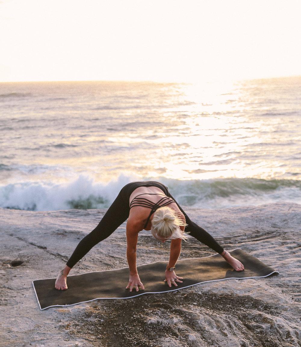 Caroline Groth Yoga Stills-3.jpg