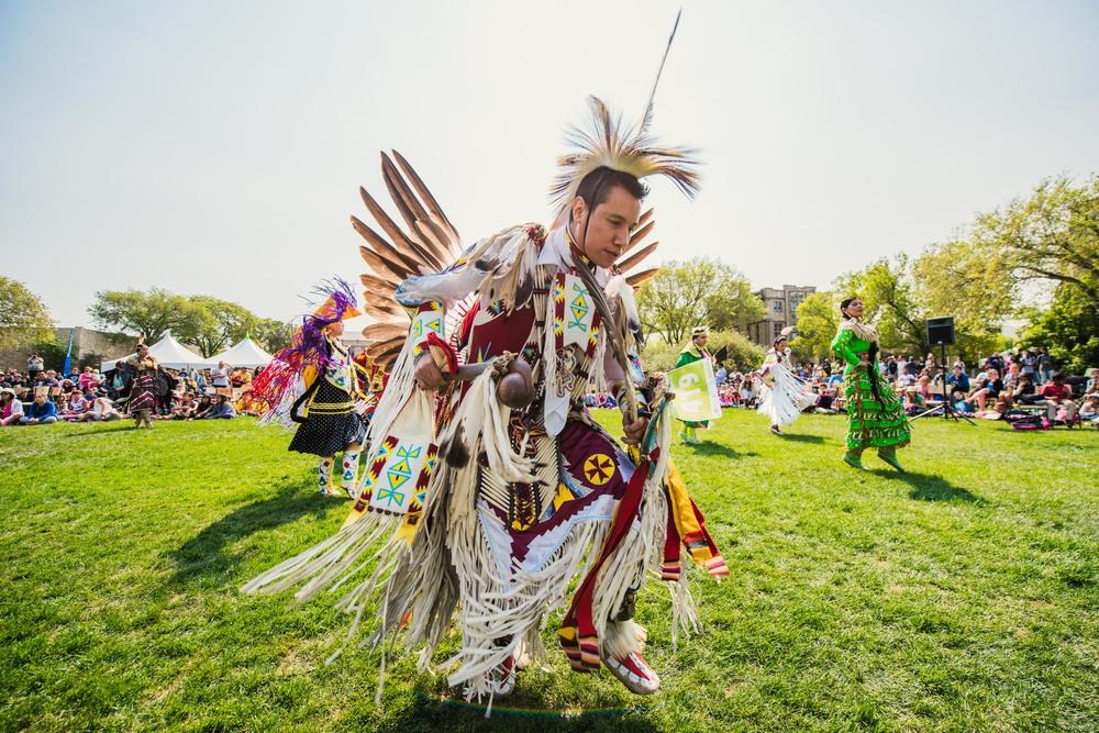 U of S Graduation Powwow 2015 Saskatoon SK