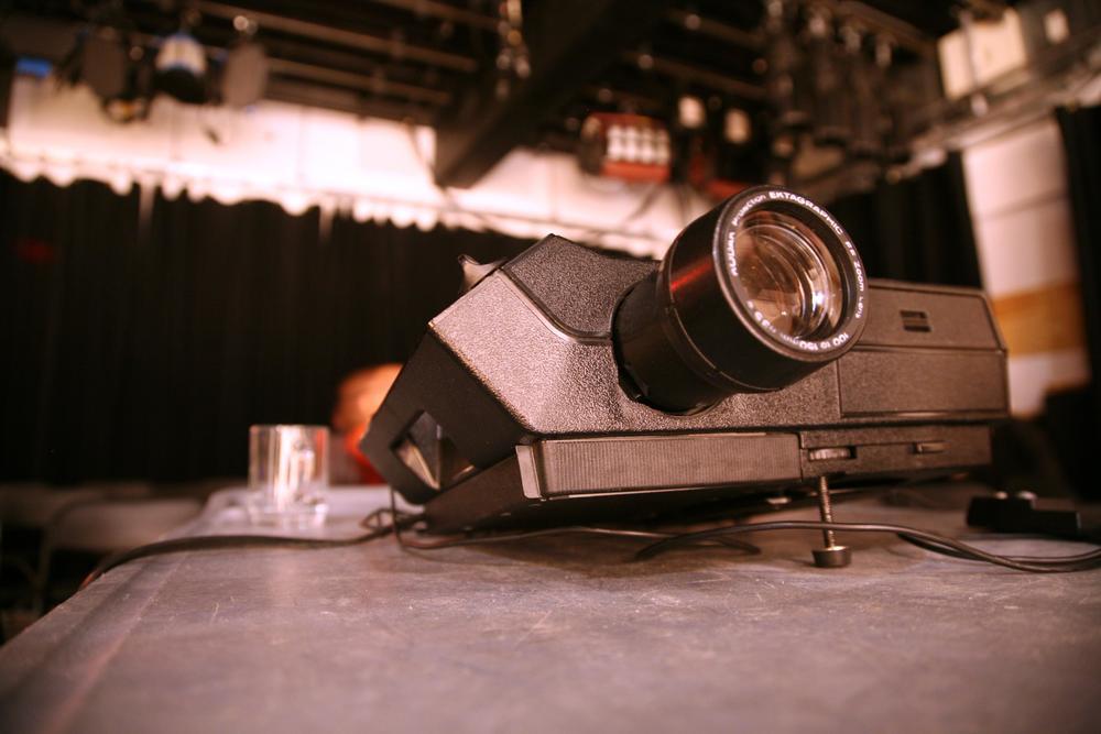 Slide Deck - Kodak Carousel 5600 projector.jpg