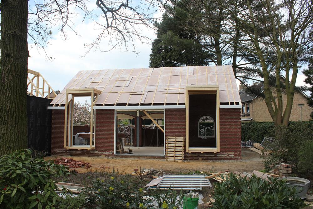 Het dak is klaar voor de dakpannen