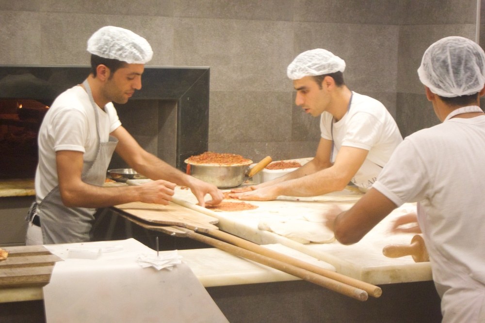 "Making ""pide"""