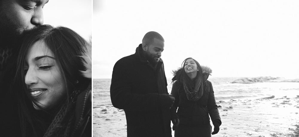 155-beaches-winter-engagement-shoot-in-toronto.jpg