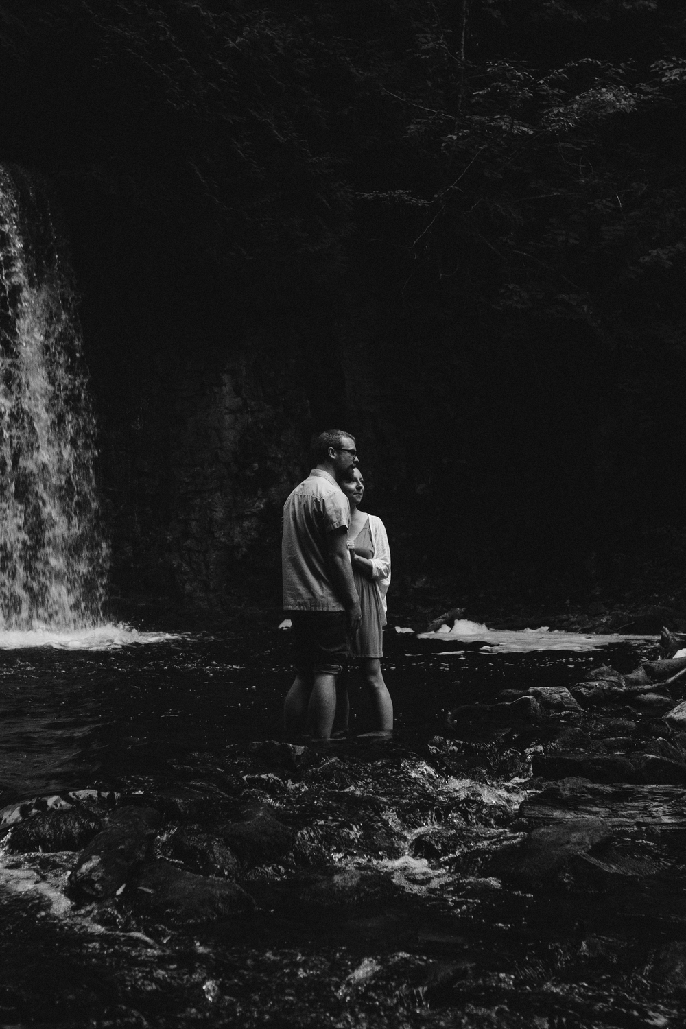 Hoggs Falls engagement session in the Beaver valley