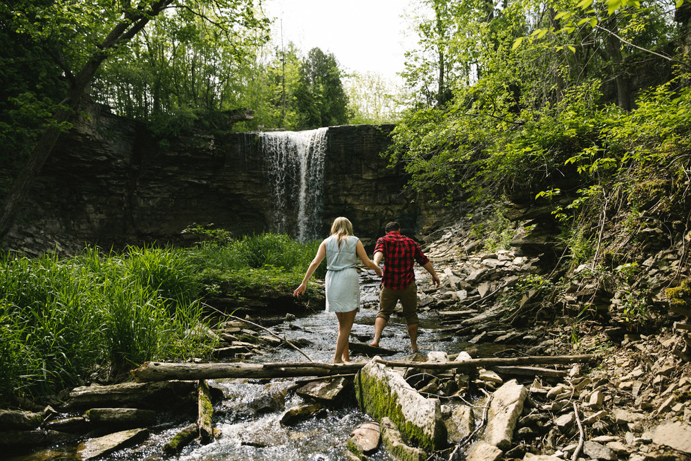 194-WaterfallEngagementSession.jpg