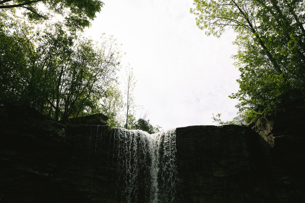 199-WaterfallEngagementSession.jpg