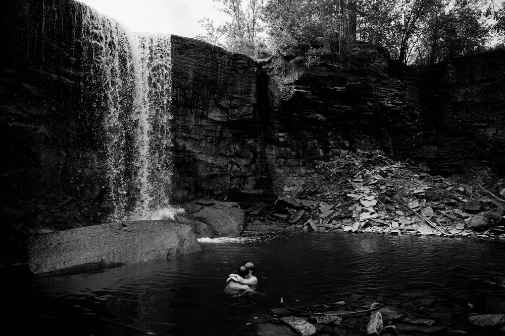 218-WaterfallEngagementSession.jpg