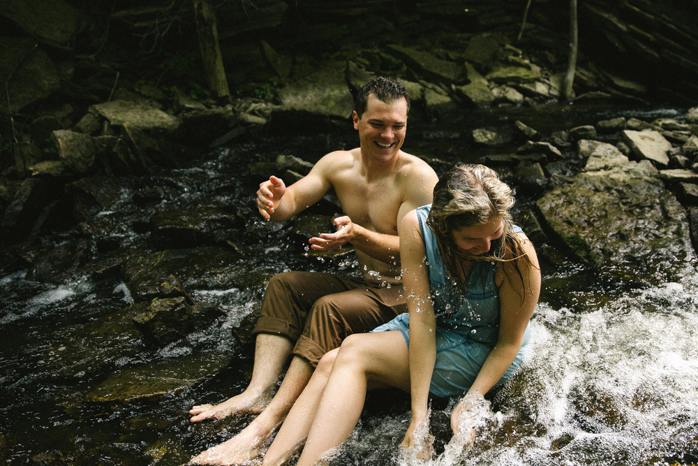 227-WaterfallEngagementSession.jpg