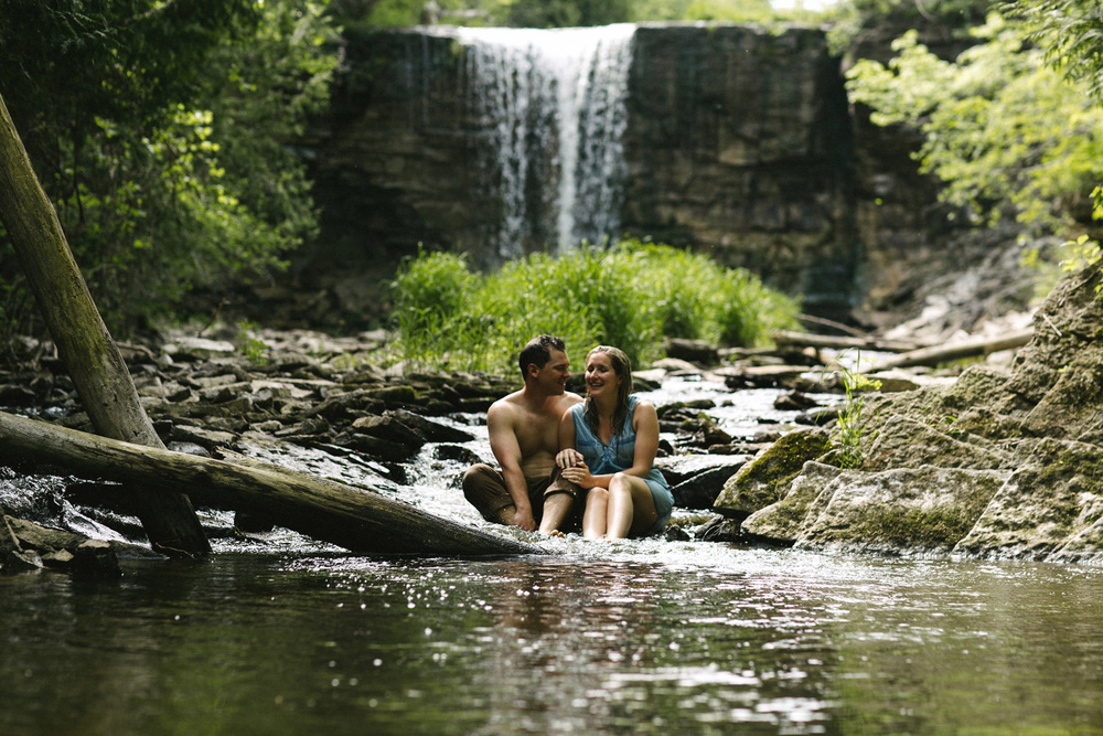 231-WaterfallEngagementSession.jpg