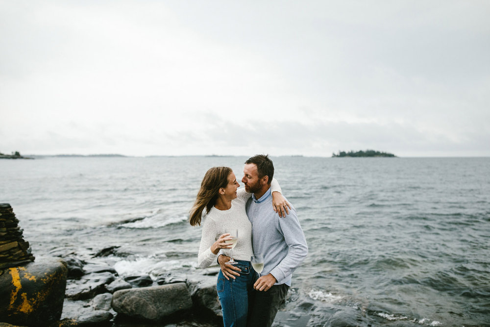 132-rainy-georgian-bay-engagement-session.jpg