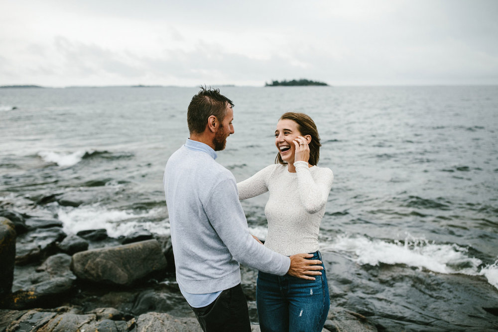 134-rainy-georgian-bay-engagement-session.jpg