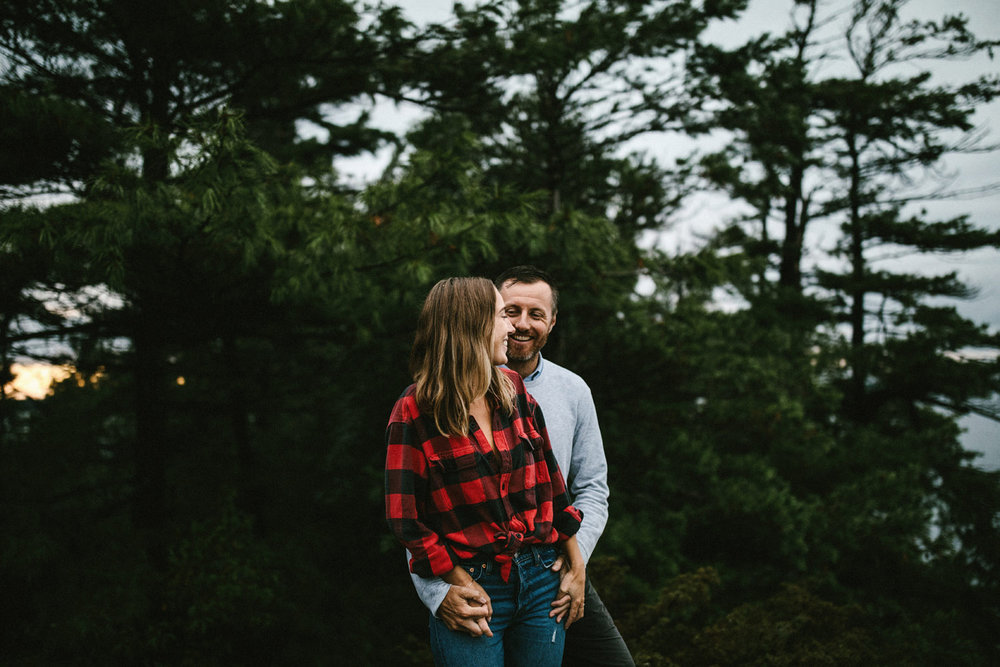 152-rainy-georgian-bay-engagement-session.jpg